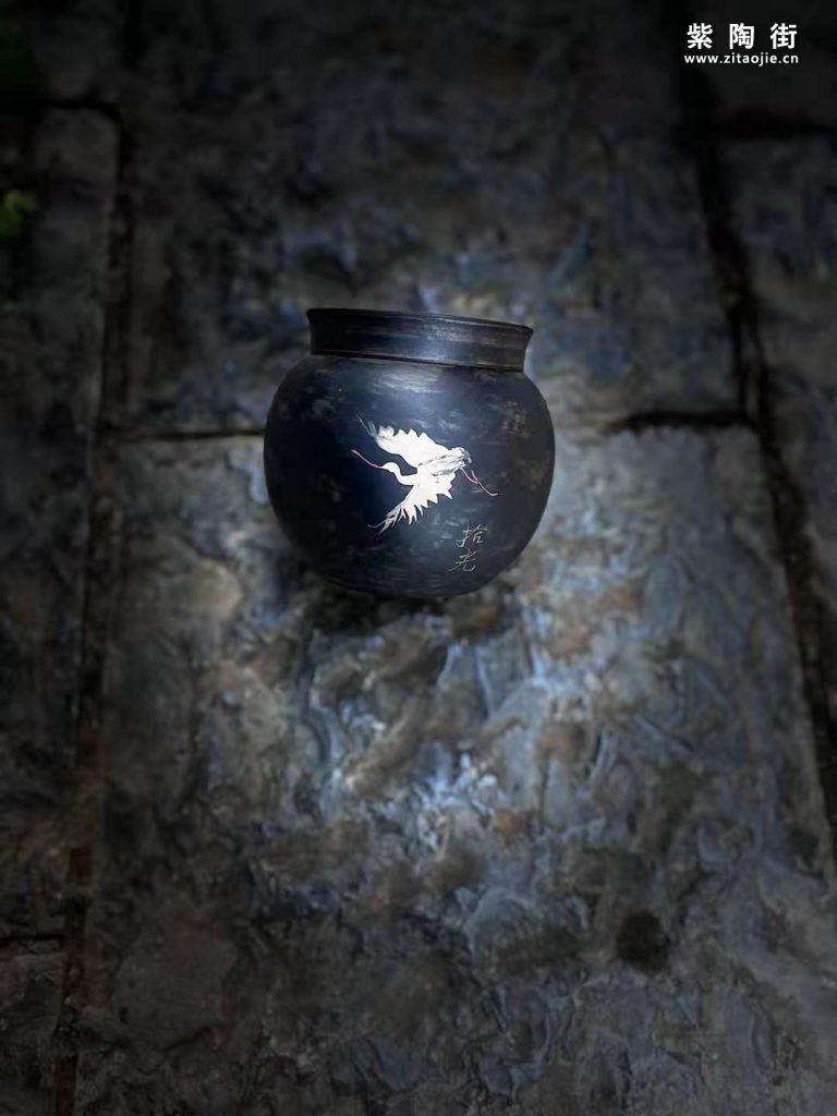 建水拾光制掌上茶罐-紫陶街