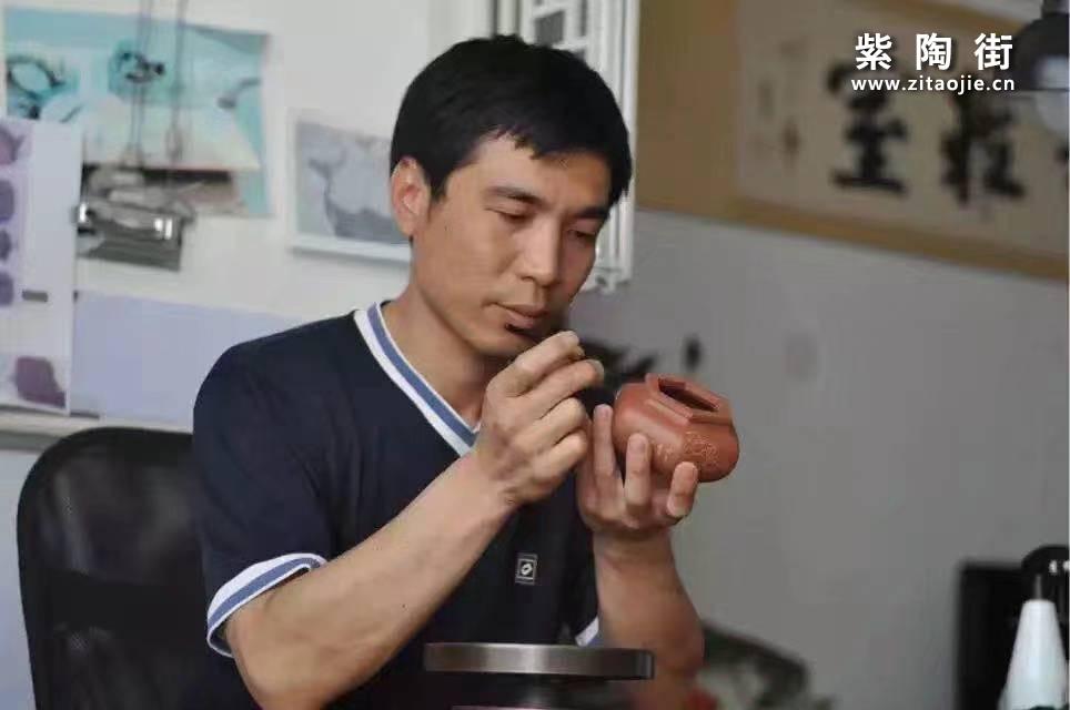 建水何永鑫(勇辛)介绍及紫陶作品欣赏-紫陶街