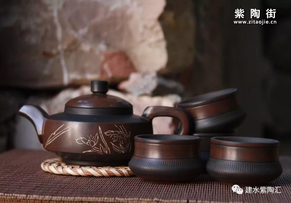 建水段红俊介绍及意达陶庄-紫陶街