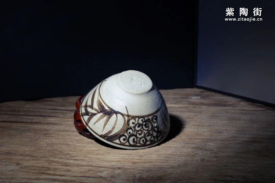 吴白雨,苦心孤诣复活云南青花插图7