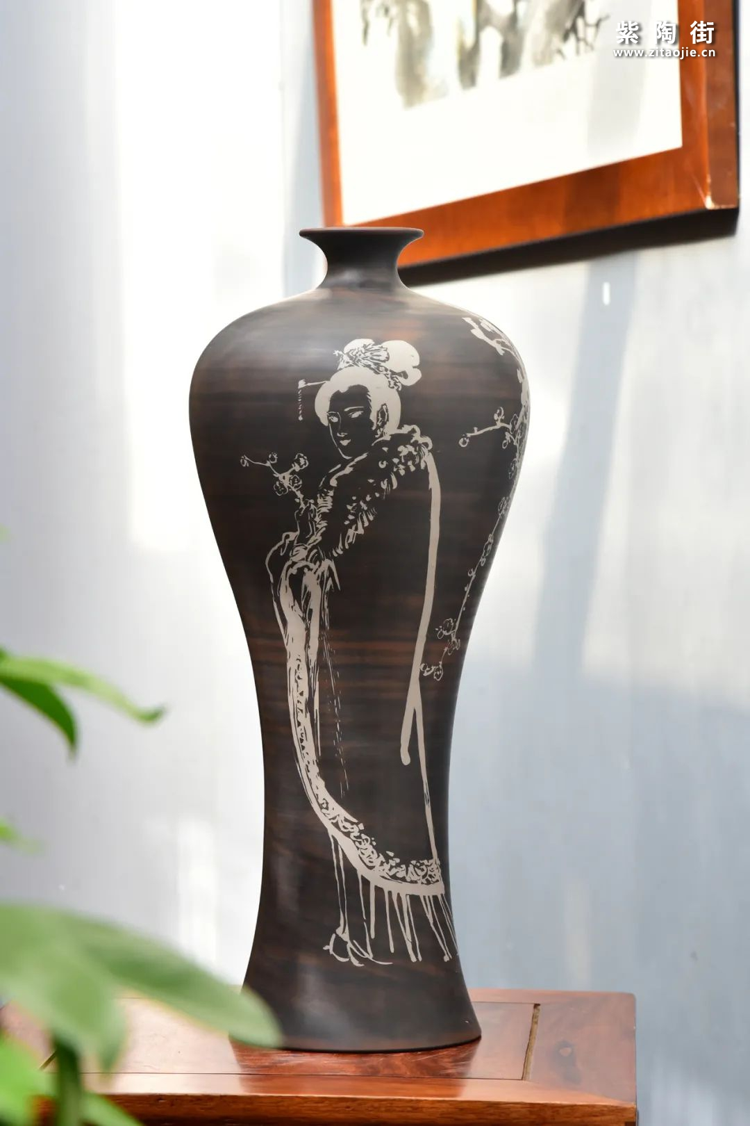 常见的几种建水紫陶瓶型插图5