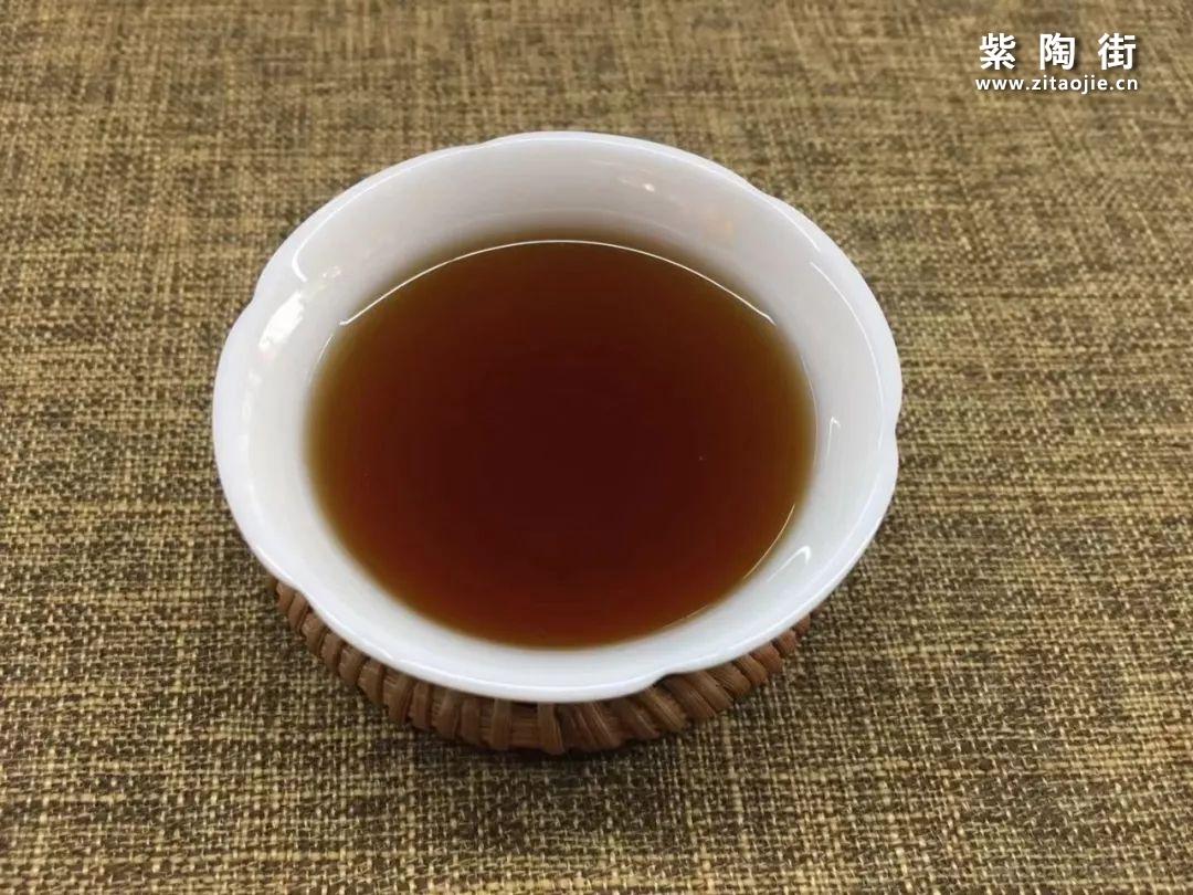 秋日茶饮喝什么?不如来试这款糯香甜滑的熟茶!插图5