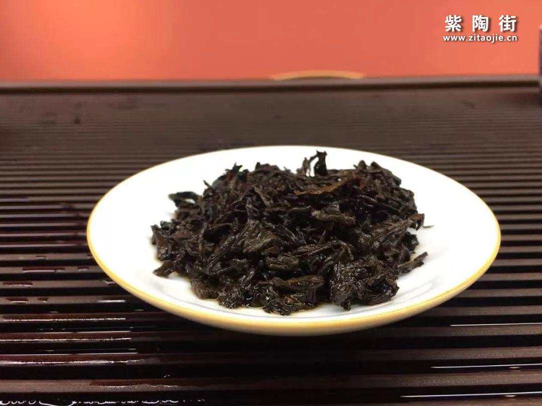 秋日茶饮喝什么?不如来试这款糯香甜滑的熟茶!插图9