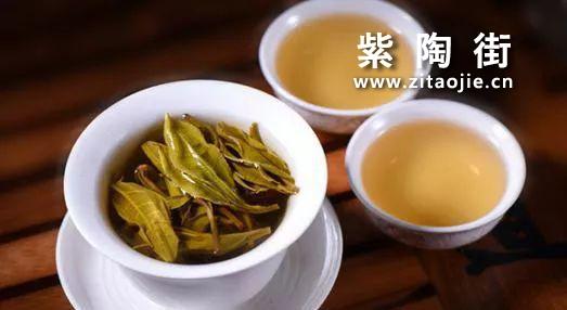 普洱茶是生茶好还是熟茶好?插图3