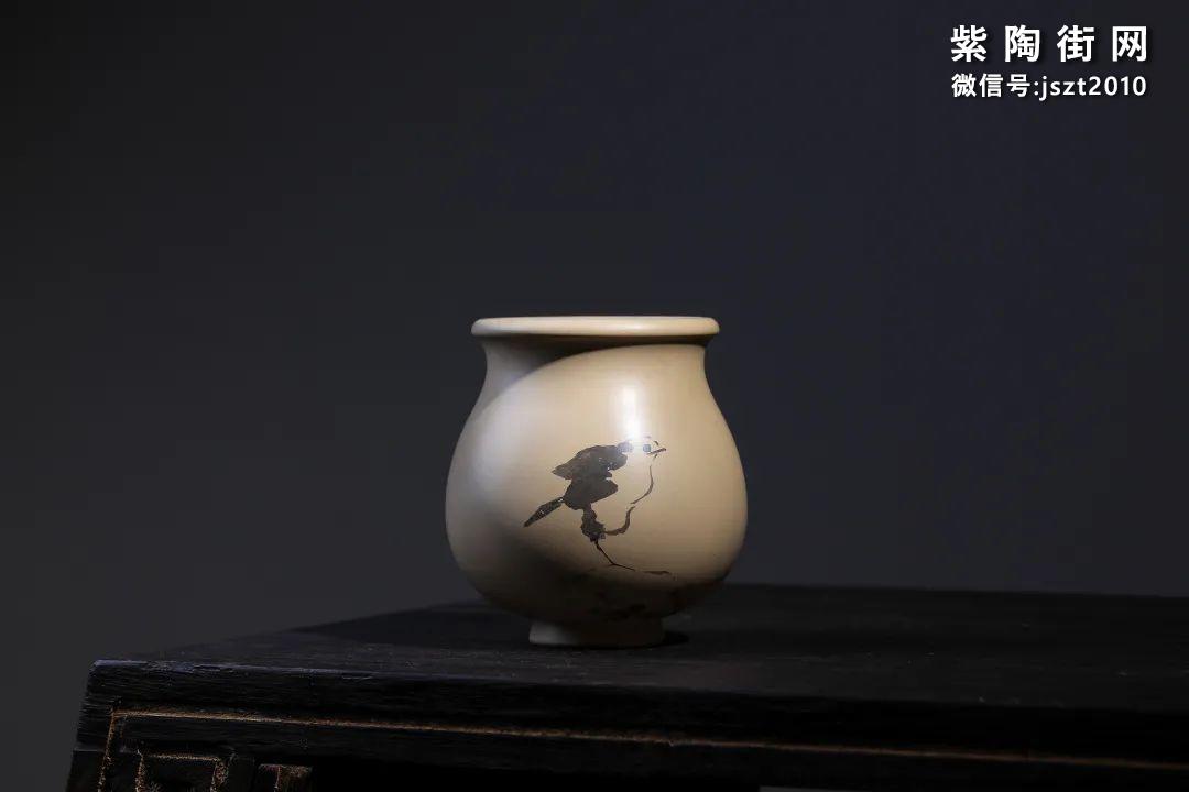 建水吴玉平简介及紫陶花瓶欣赏插图4