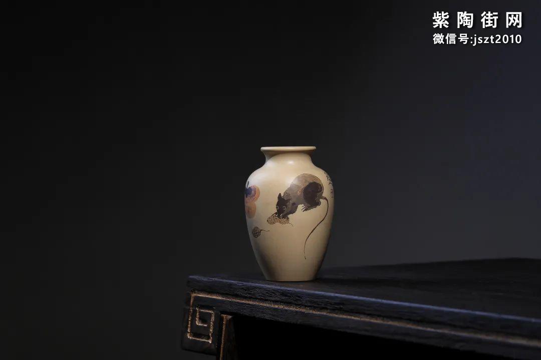建水吴玉平简介及紫陶花瓶欣赏插图3